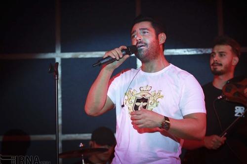 کنسرت محمدرضا گلزار در خرم آباد