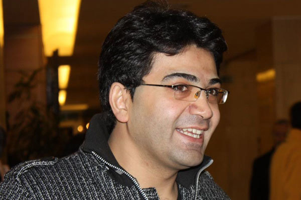 فرزاد حسنی مجری