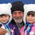 یک گفتگوی خواندنی با سارا و نیکا فرقانی اصل دوقلوهای پایتخت!