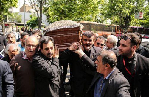 مراسم تشییع پیکر ناصر چشم آذر