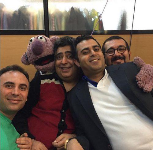 مهدی برقعی عروسک گردان جناب خان
