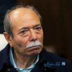هیجان علی نصیریان بازیگر پیشکسوت ایرانی از دیدن مجسمهاش