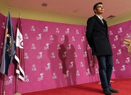 عادل فردوسی پور در کاخ جشنواره فیلم فجر!+تصاویر