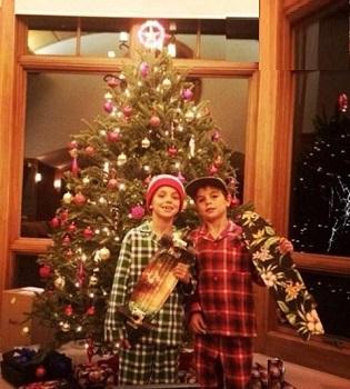 عکسهای کریسمسی بریتنی اسپیرز و فرزندانش! +عکس