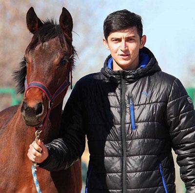 ماجراهای خواندنی سردار آزمون و اسبش!+تصاویر