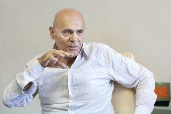 جمشید هاشم پور : برای سر تراشیده ممنوع الکار شدم!+تصاویر