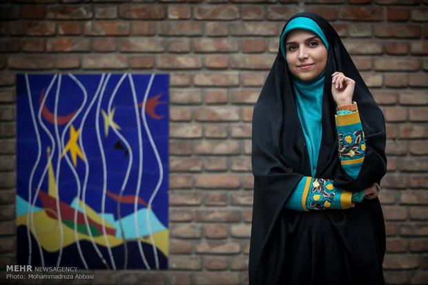 مژده لواسانی : با طنز مهران مدیری پایم به تلویزیون باز شد!+تصاویر