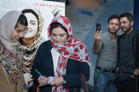چهره متفاوت یکتا ناصر و خنده های باران کوثری!+تصاویر