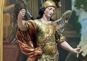 مجسمه ۴۰۰ ساله توسط توریست برزیلی نابود شد!+تصاویر
