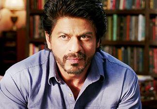 شاهرخ خان در جستجوی خوشبختی مسیر زندگی خود را عوض میکند!+عکس