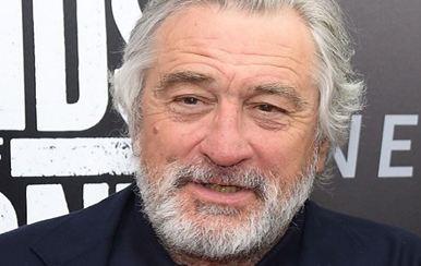 رابرت دنیرو بازیگر مشهور سینما دوباره پدربزرگ می شود!+عکس