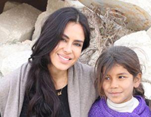 کارلا اورتیز بازیگر و تهیه کننده زن آمریکایی در کشور سوریه!+تصاویر