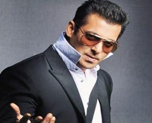 سلمان خان بازیگر بالیوود و جشن تولد چهل و یک سالگی اش!+تصاویر