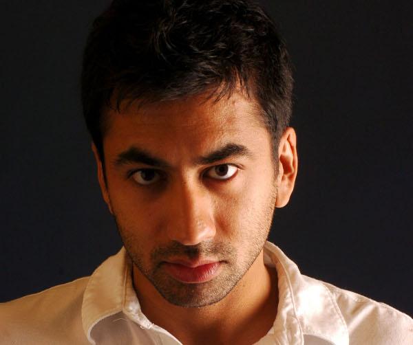 کال پن بازیگر هندی هالیوود چندین هزار دلار برای پناهندگان سوری پول جمع کرد!+تصاویر