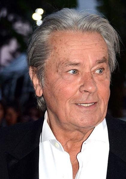 آلن دلون خوش چهره ترین بازیگر تاریخ سینما بازنشسته می شود!