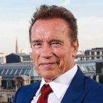 انتقاد تند آرنولد شوارتزنگر بر فعالیت های زیست محیطی!