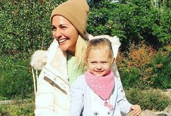 عکسهای جدید مریم اوزرلی و دخترش لارا
