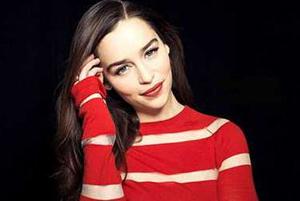 امیلیا کلارک بازیگر سریال بازی تاج و تخت خداحافظی کرد!