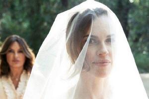 عکس های مراسم عروسی هیلاری سوانک هنرپیشه ۴۴ آمریکایی
