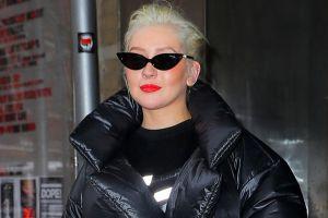 ماجرای لباس عجیب کریستینا آگیلرا در هفته مد نیویورک چه بود؟ +تصاویر