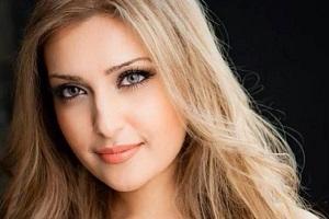 گفتگو با مژده جمالزاده زیباروی خوش صدای افغان و مقیم کانادا +تصاویر