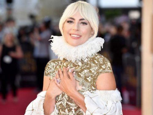 لیدی گاگا خواننده مشهور