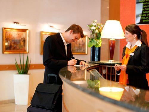 راهنمای انتخاب هتل
