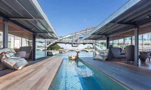 هتل روی رودخانه سن
