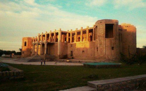 عمارت تاریخی ملک