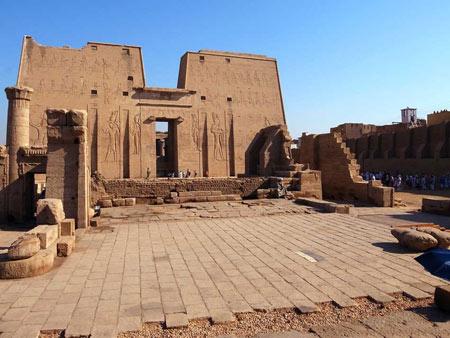 معبد ادفو در مصر (+تصاویر)