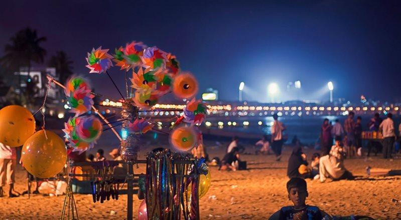 مارین درایو جاده ساحلی زیبای بمبمئی +تصاویر