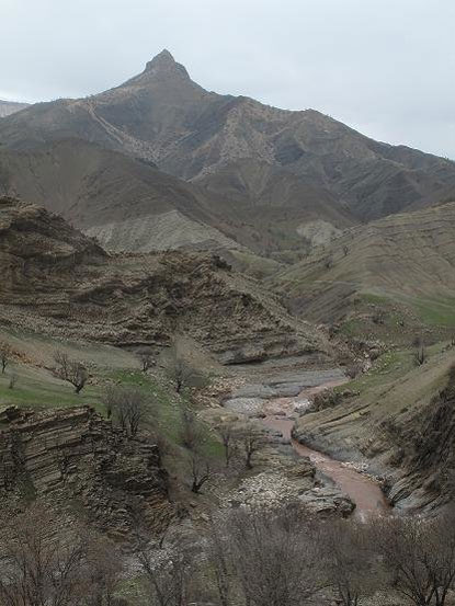 سنگ تراشان؛ روستای بدون حصار غرب ایران+تصاویر