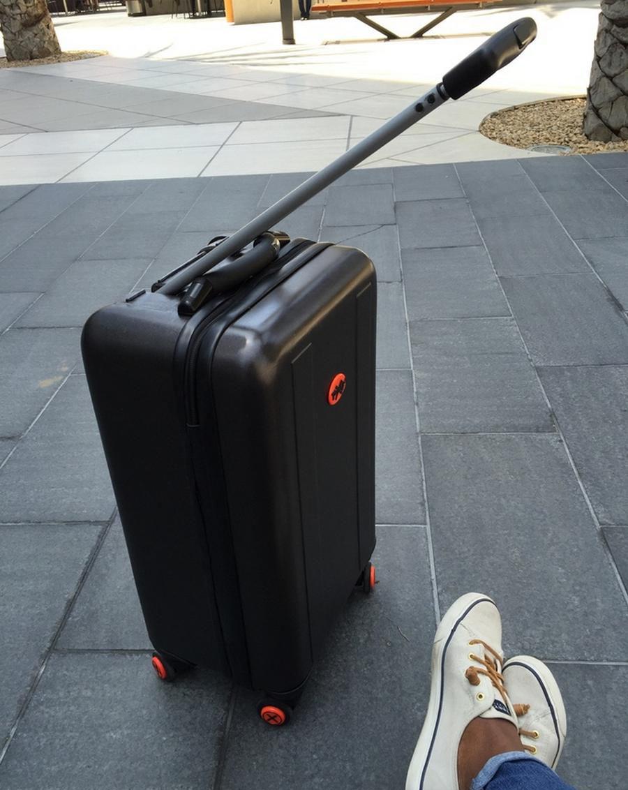 چمدان هوشمندی که به دنبال شما می آید+تصاویر