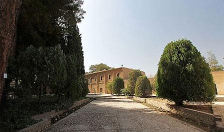 عمارت و باغ اکبریه بیرجند +تصاویر