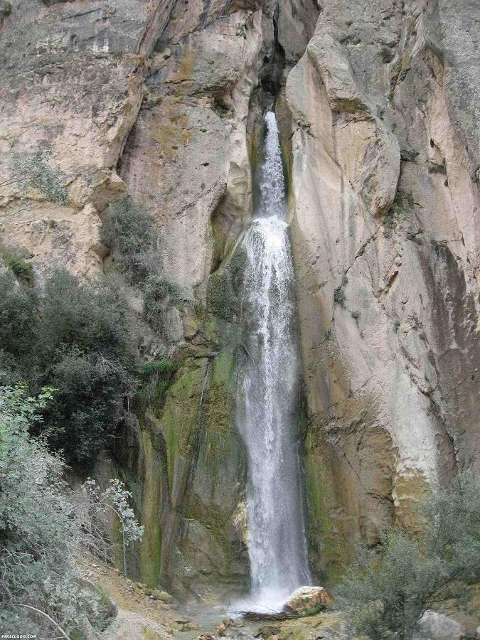 شاهان دشت,آبشاری با طبیت بسیار زیبا و دیدنی در شمال ایران+تصاویر
