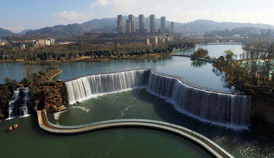 بزرگترین آبشار ساخته دست بشر که جاذبه ای پرطرفدارشده است+تصاویر