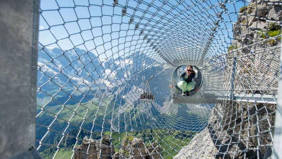 لذت سفری هیجان انگیز و خطرناک در گذرگاه هیجان سوئیس+تصاویر