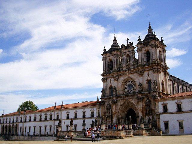 کشور پرتغال با آب و هوای معتدل مقصد خوبی برای سفر در تمام طول سال + پرتغال