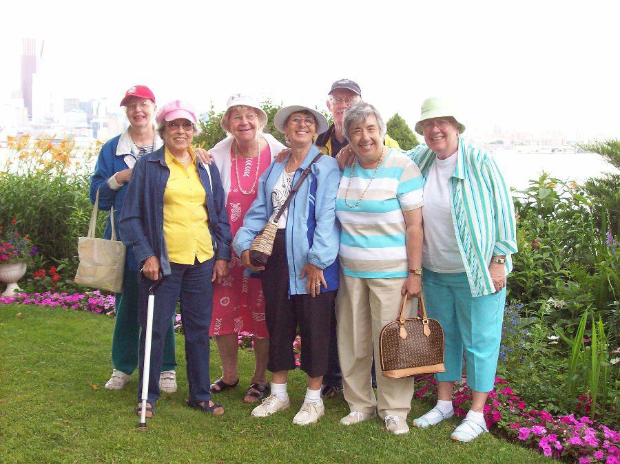 سفر هوایی به همراه افراد مسن