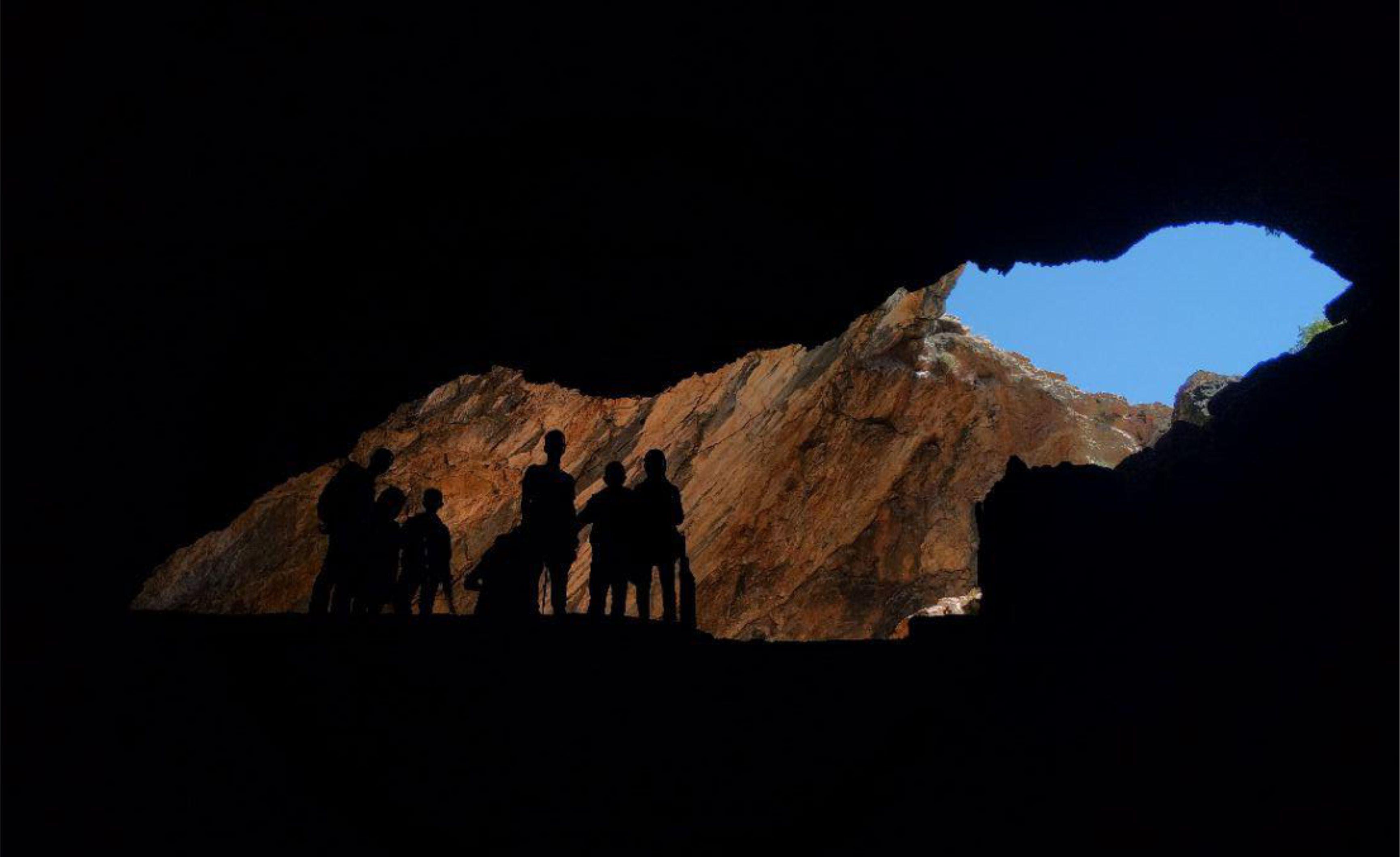 غار بورنیک زیر گوش تهران از جاذبه های طبیعی بی نظیر + تصاویر