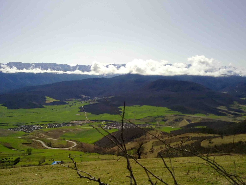 طبیعت گردی لذت بخش تابستانه در روستای استخر سر