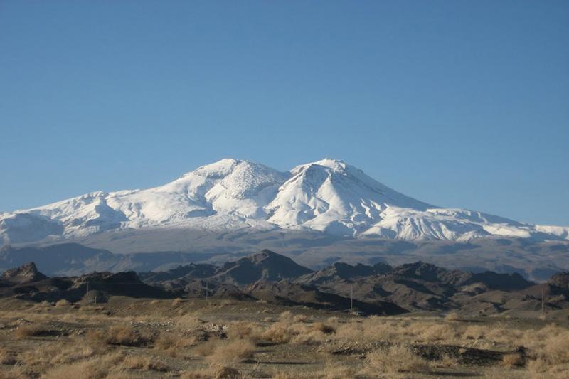 کوه تفتان