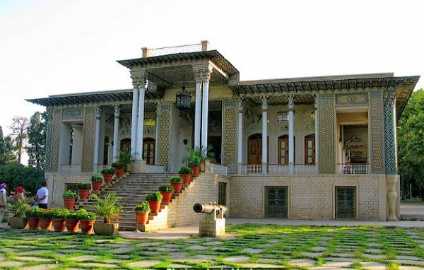 آشنایی با باغ موزه عفیف آباد یا باغ گلشن – شیراز