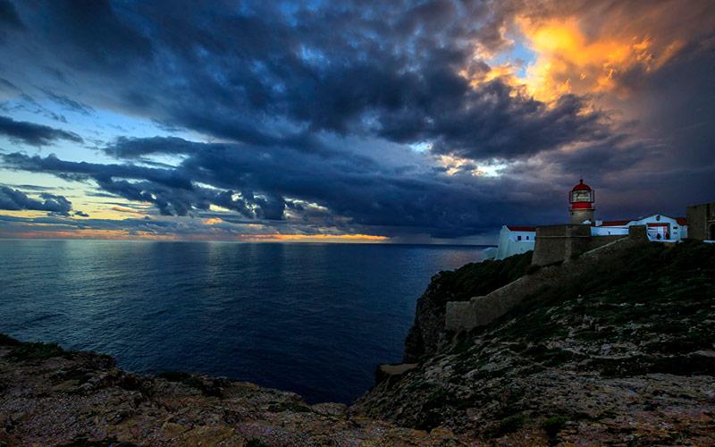 بهترین مکان ها با زیباترین مناظر رو به اقیانوس