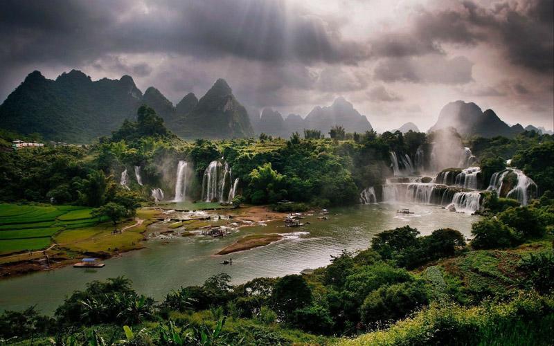 مکان های شگفت انگیز آسیا