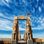 آشنایی با جزئیات جاذبه تاریخی بنای تخت جمشید