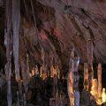 غار یخی یخ مراد ز جاذبههای گردشگری شگفتانگیز البرز