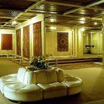 از موزه فرش ایران در استان تهران دیدن کنید