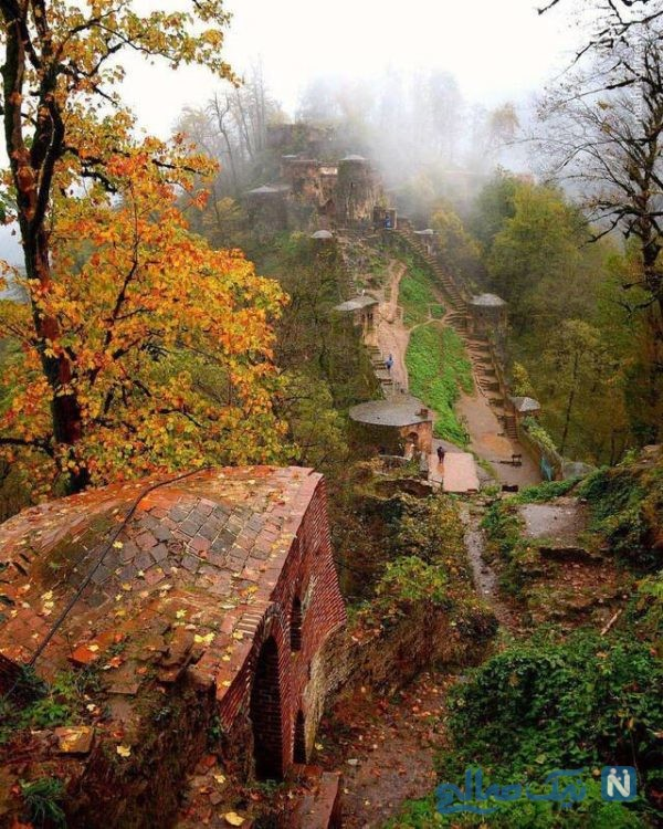 قلعه رودخان در پاییز
