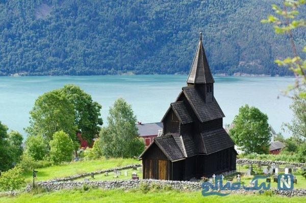 کلیسا چوبی